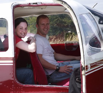 PA28 Warrior Dual flying experience Enstone Flying Club